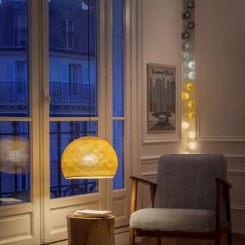 guirlande lumineuse gris moutarde LEDS clipsables Thelonious, en situation